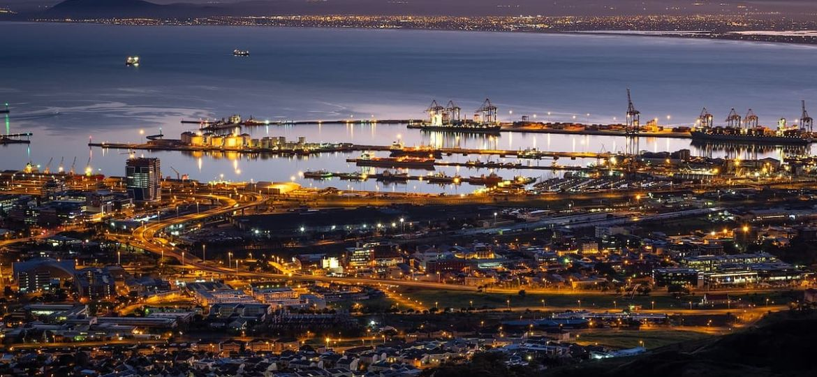 table-bay-harbour-3541607_1280 (1)